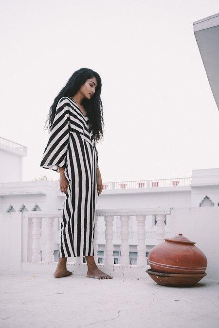 A Perfect Nomad Essaouira Kaftan - Black/White