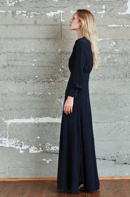 KAMPERETT Harper Silk Keyhole Dress - Black