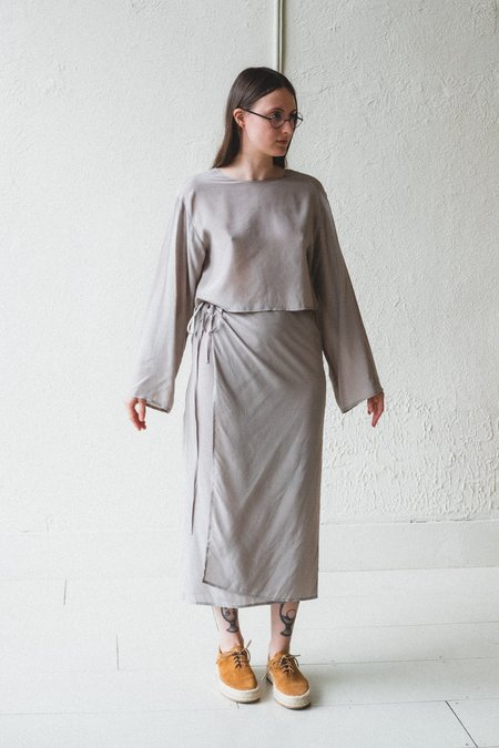 AMOMENTO WRAP DRESS - GREY