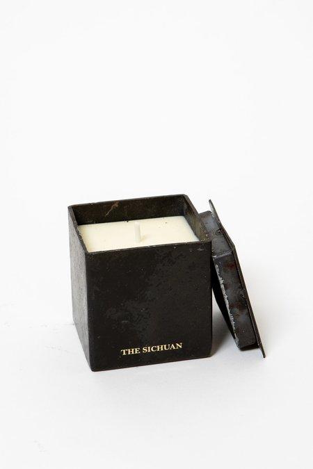 Mad et Len Thé Sichuan Black Block Candle