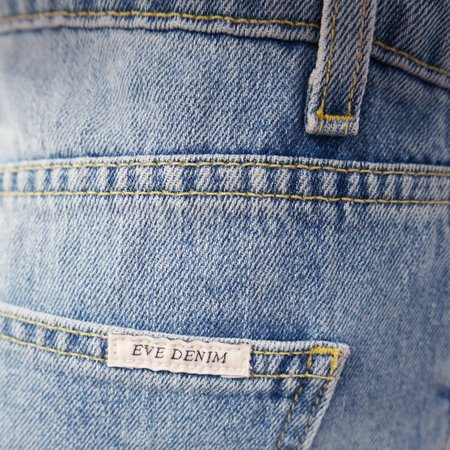 EVE DENIM The Jacqueline Jean - Montauk