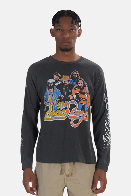 MadeWorn Rock The Beach Boys In Concert T-Shirt - Black