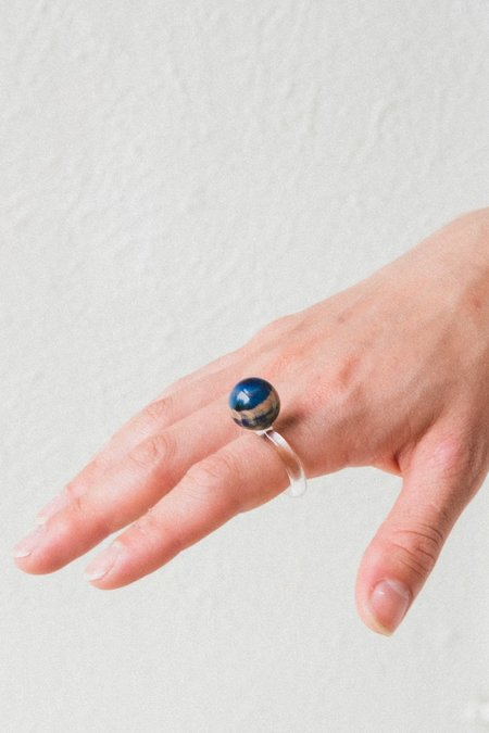 JANE D'ARENSBOURG GLASS MARBLE RING - DARK IVY