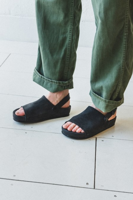 FEIT ONE STRAP SANDAL - BLACK
