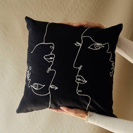 SELVA / NEGRA Chainstitch Embroidery Pillowcase