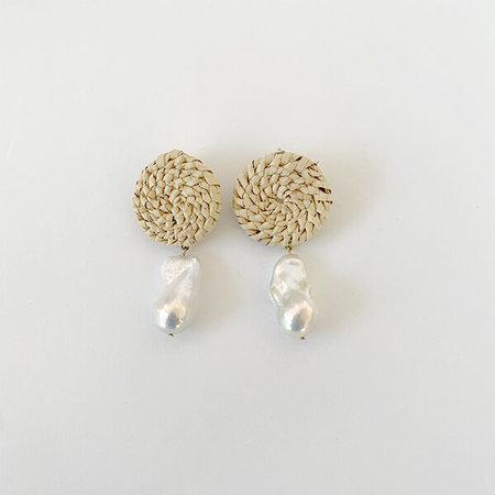 Crescioni Terra Earrings Palm And Pearl