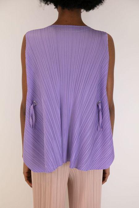 Issey Miyake Pleats Please Sleeveless Overlap Top - Purple