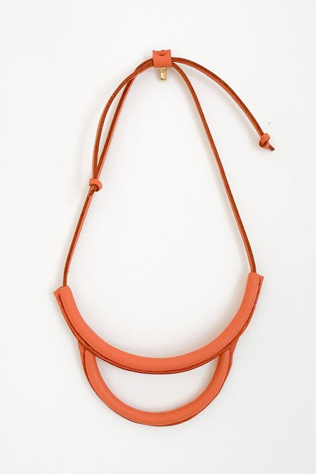 Crescioni Arc Necklace - Coral