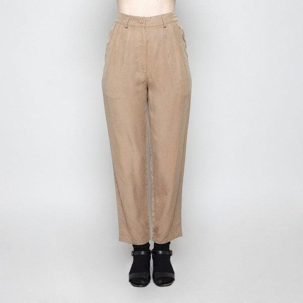 7115 by Szeki Pleated Trouser