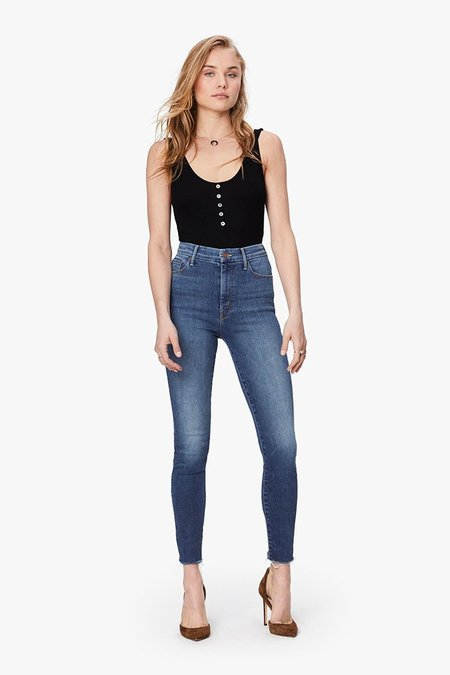 Mother Denim High Waisted Looker Jeans - Big Sky