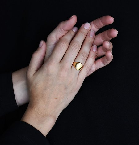 Wouters & Hendrix Oval Signet Ring - Gold