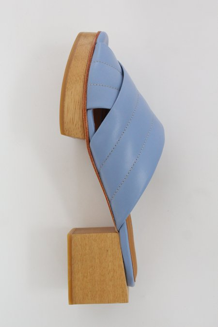 Beklina Matisse Criss-cross Platform Slide - Hydrangea
