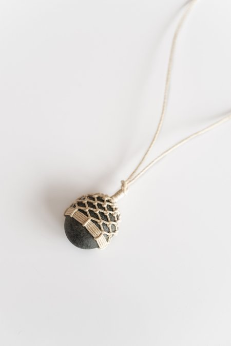 TIM WHITTEN STONE AND LINEN PENDANT No 2