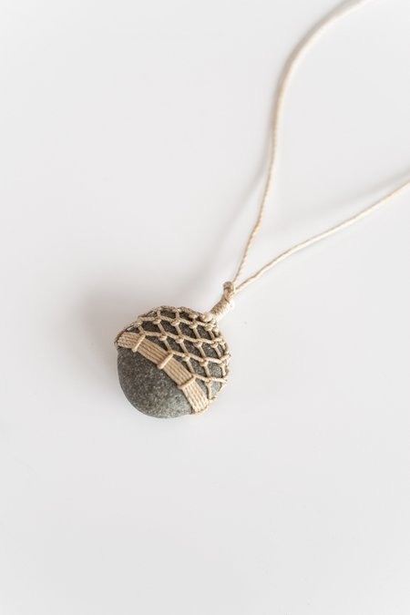 TIM WHITTEN STONE AND LINEN PENDANT No 3