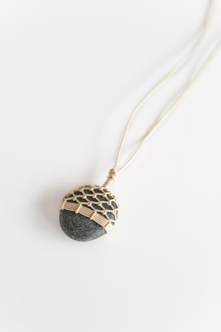 TIM WHITTEN STONE AND LINEN PENDANT No 5