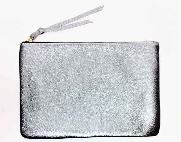 Oliveve queenie in nickel pebble cow leather