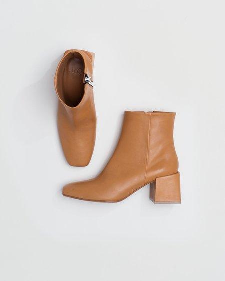 LoQ Lazaro Block Heel Boot - Miel