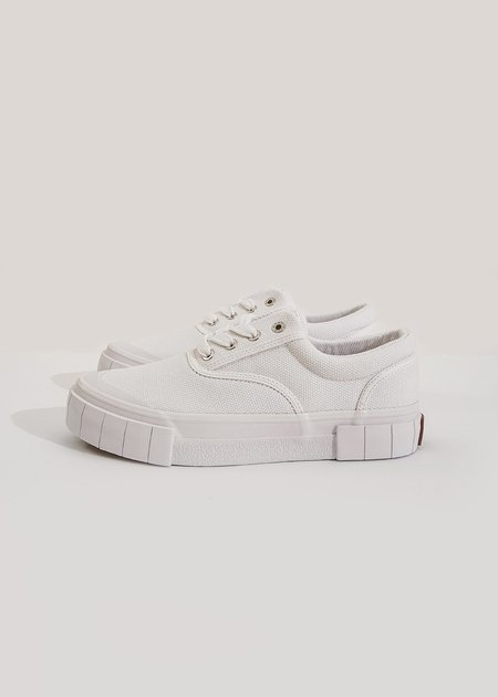 Unisex Good News Opal Core Sneakers - White
