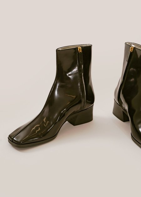 Suzanne Rae Welt Sole Boot - Black