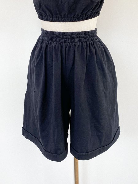 Toit Volante Lounge Roll-Up Short