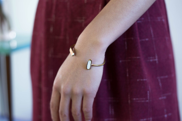 Studio Sophia Sophia Single Wire Bracelet (Peach and White)