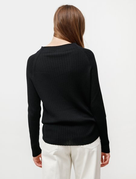 Dusan Basic Raglan Sweater - Black