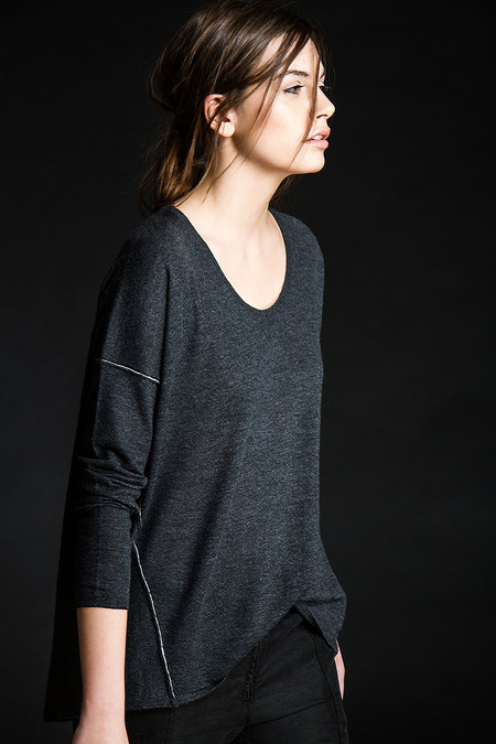 Paychi Guh Cashmere L/S Boxy Tee Charcoal