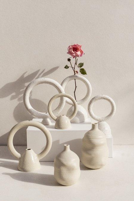Eun Ceramics Femme #3 Small vase - soft beige
