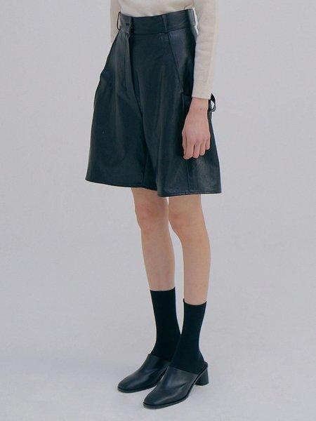 Wnderkammer Eco Leather Half Trouser - Black