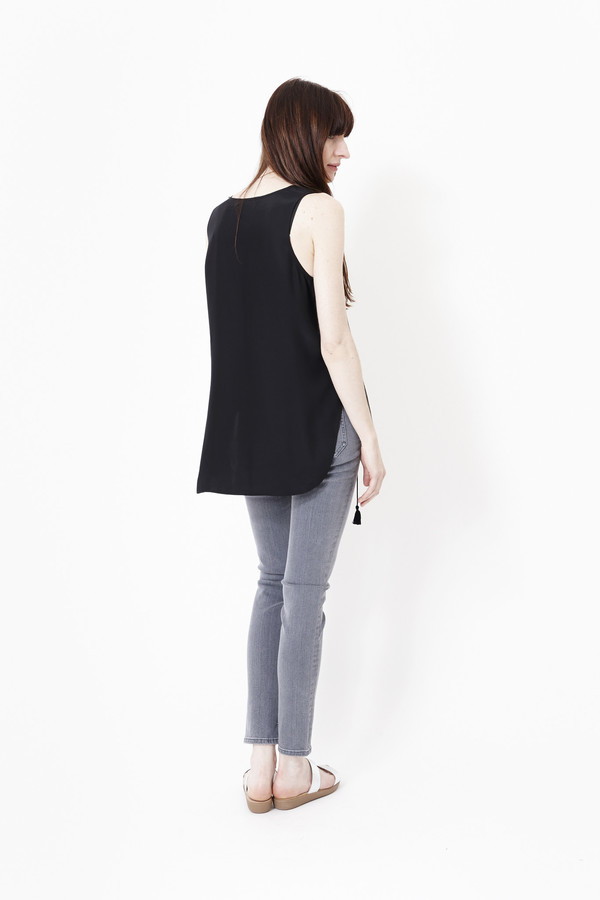Jenni Kayne Keyhole Tunic in Black