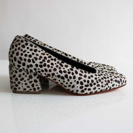 [Pre-loved] No.6 Animal Print Pumps - White/Brown