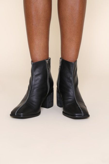 """INTENTIONALLY __________."" Hinge-2 Boots - Black"