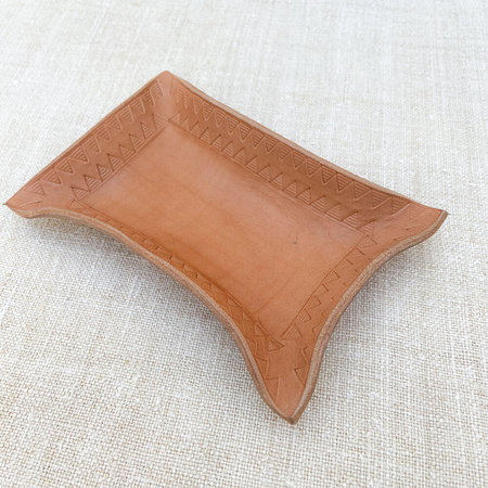 Made Solid x Arkestra Medium LEATHER Hand Shaped Tray - NATURAL