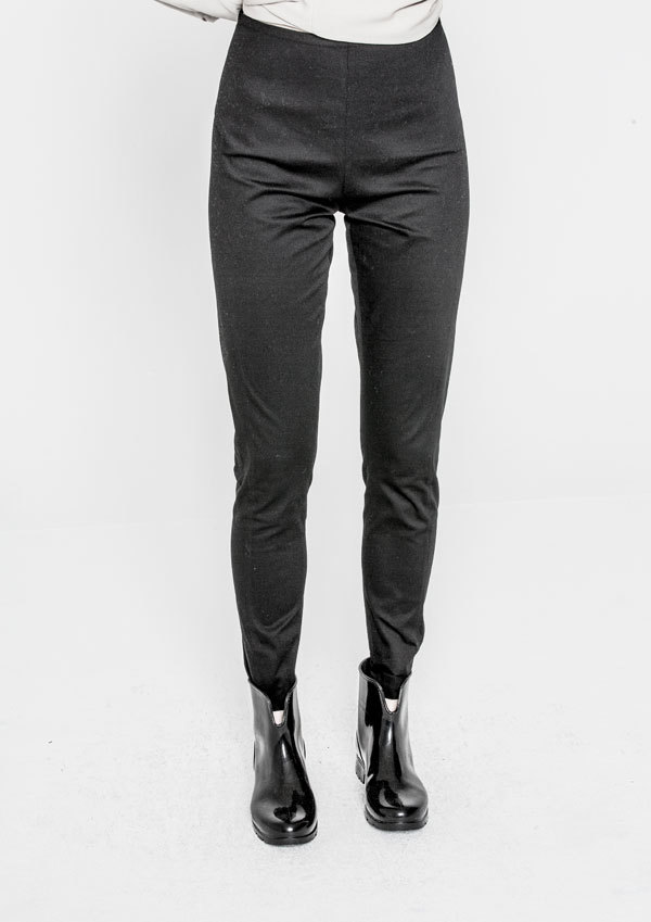 Berenik Trousers Skinny Stretch Plain- Black