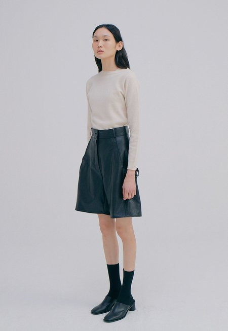 WNDERKAMMER Vegan Leather Half Trousers
