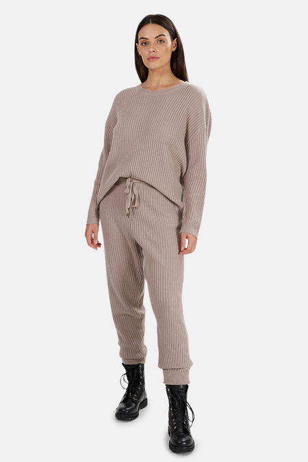The Tile Club Evelyn Ribbed Cashmere Sweater - Mauve