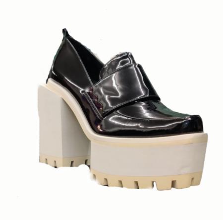 Temporary Showroom JAMIE WEI HUANG Platform Ridged Sole High Boots - Black/White