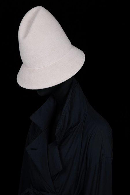 Esenshel PEAK CURVED BRIM HAT - BONE