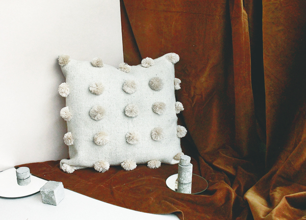 Scout & Catalogue CASA BONITA CUSHION - NATURAL POM POM