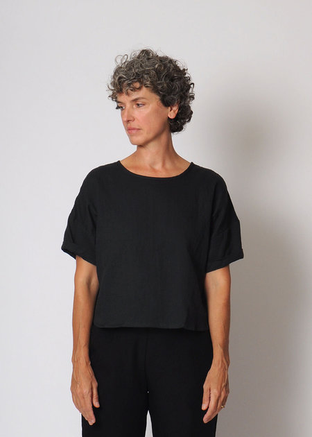 Conifer Crop Pullover Top - Black