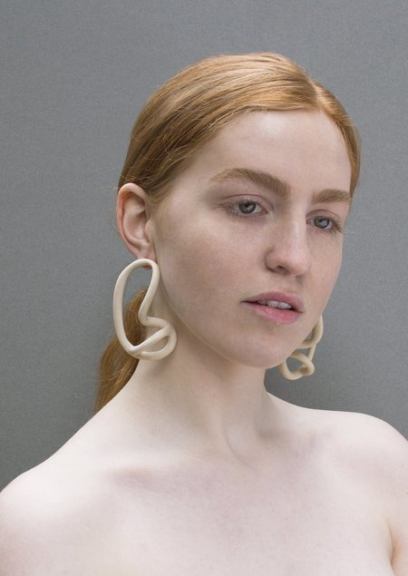JULIE THÉVENOT MONAI EARRINGS - Ivory