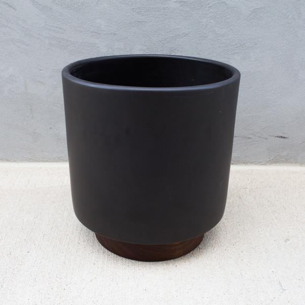 Modernica Case Study Ceramic Cylinder With Plinth