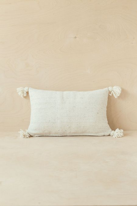 Territory Puro Lumbar Pillow - Cream