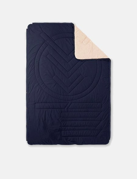 Voited Blankets Voited Cloudtouch Pillow Blanket - Dark Navy