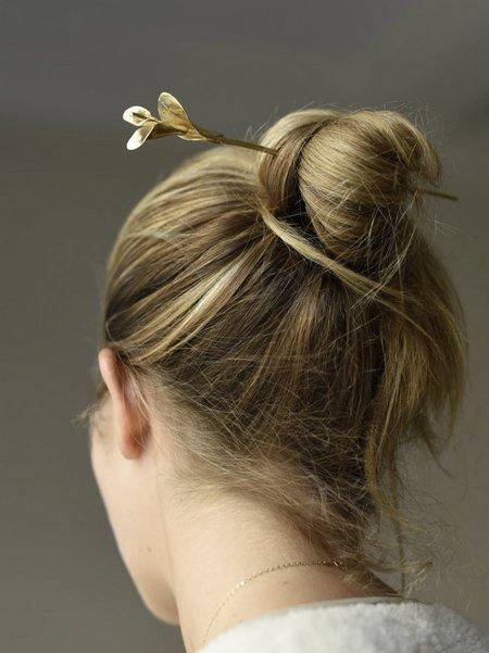 8.6.4 Flower Hair Stick - Brass