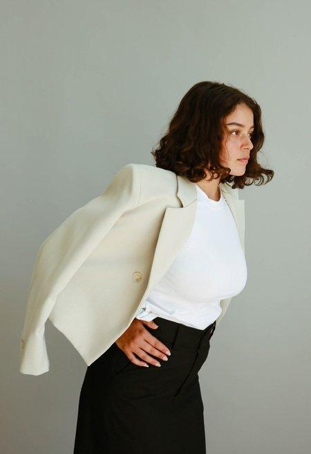 JOWA. Sllow Hidden Button Crop Jacket - Gray Beige