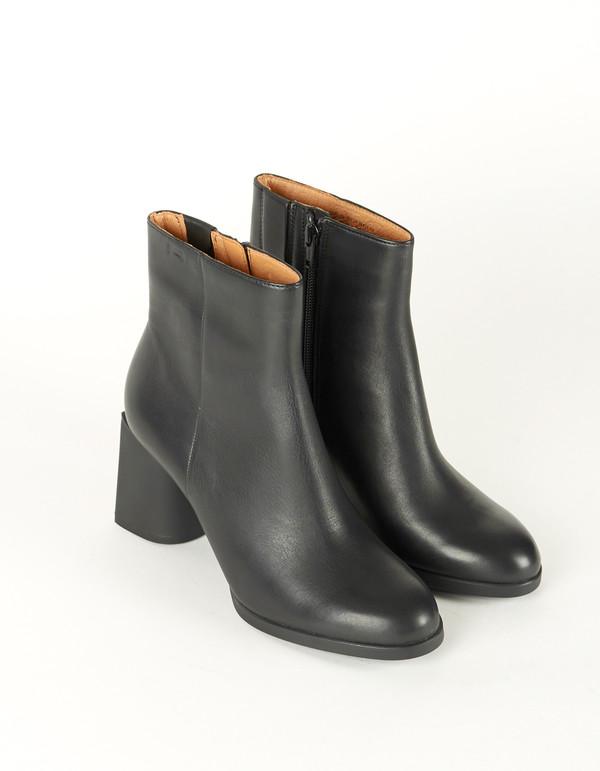 Camper Lea Boot Black