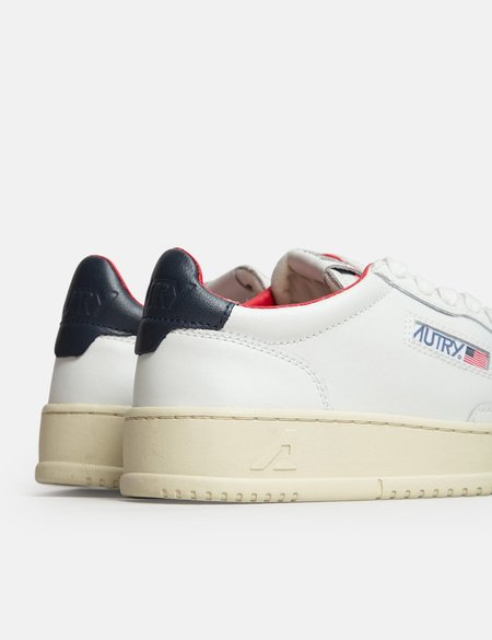 Autry Medalist LN18 Leather Trainers