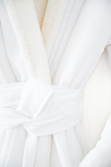 Tofino Towel Co. Tofino Towel Fleece Nordic Robe - White
