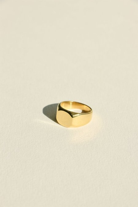 UNISEX BRIE LEON Abuelo Signet Ring - Gold plated/steel